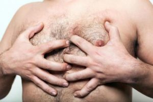 Main Causes & 4 Tips To Get Rid Of The Man Boobs (Moobs)