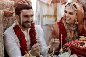 How To Choose Wedding Outfit For Indian Men With Dark Complexion
