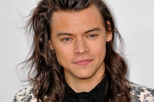 How To Grow Long Hair For Men And Maintain It Properly