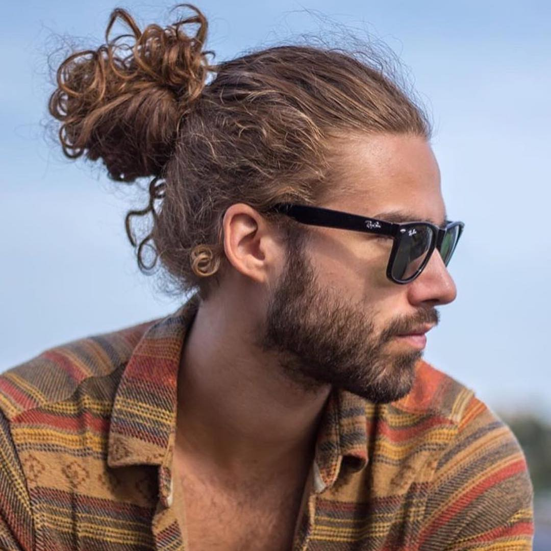 hairstyles for men with curly hair