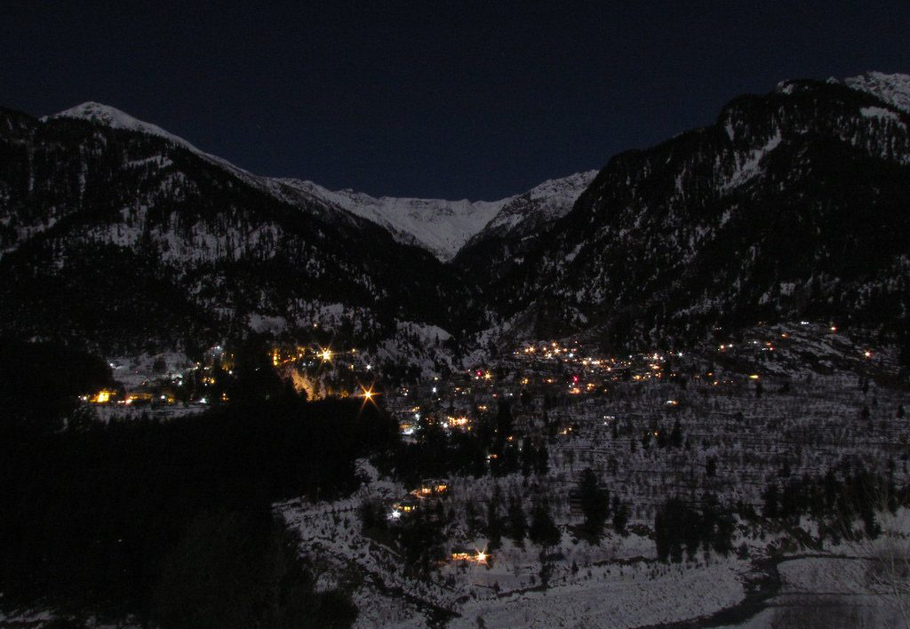 new year party destination manali