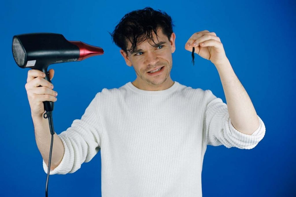 does using hair dryer cause baldness