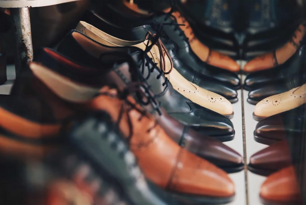 Picking The Right Pair Of Shoes Is Very Important For Your Pre-Wedding Shoot