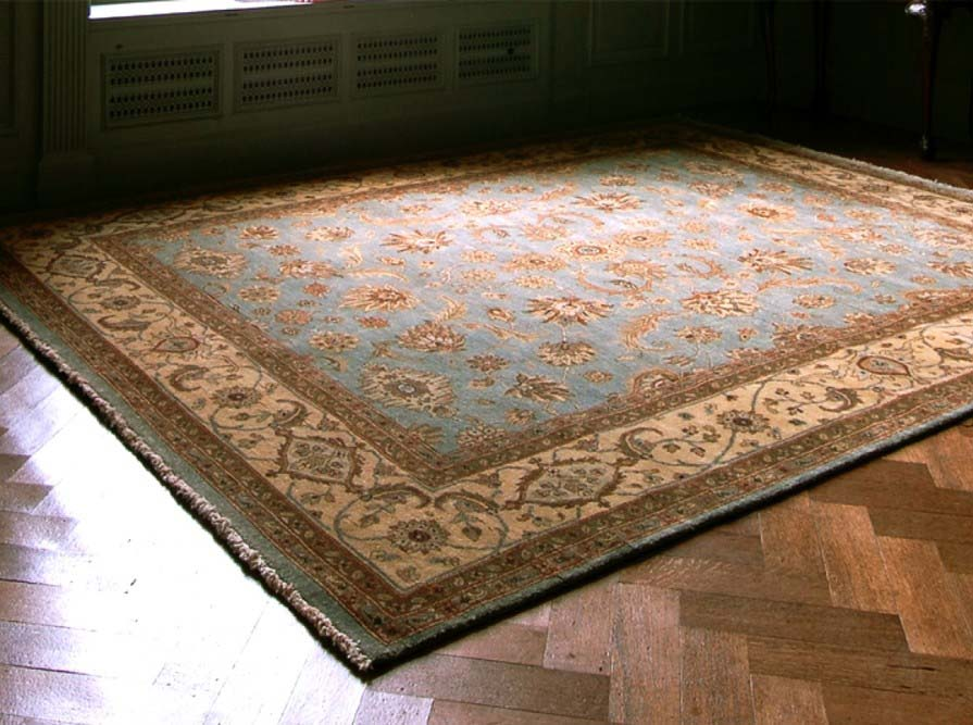 use carpet or rugs to keep your room warm