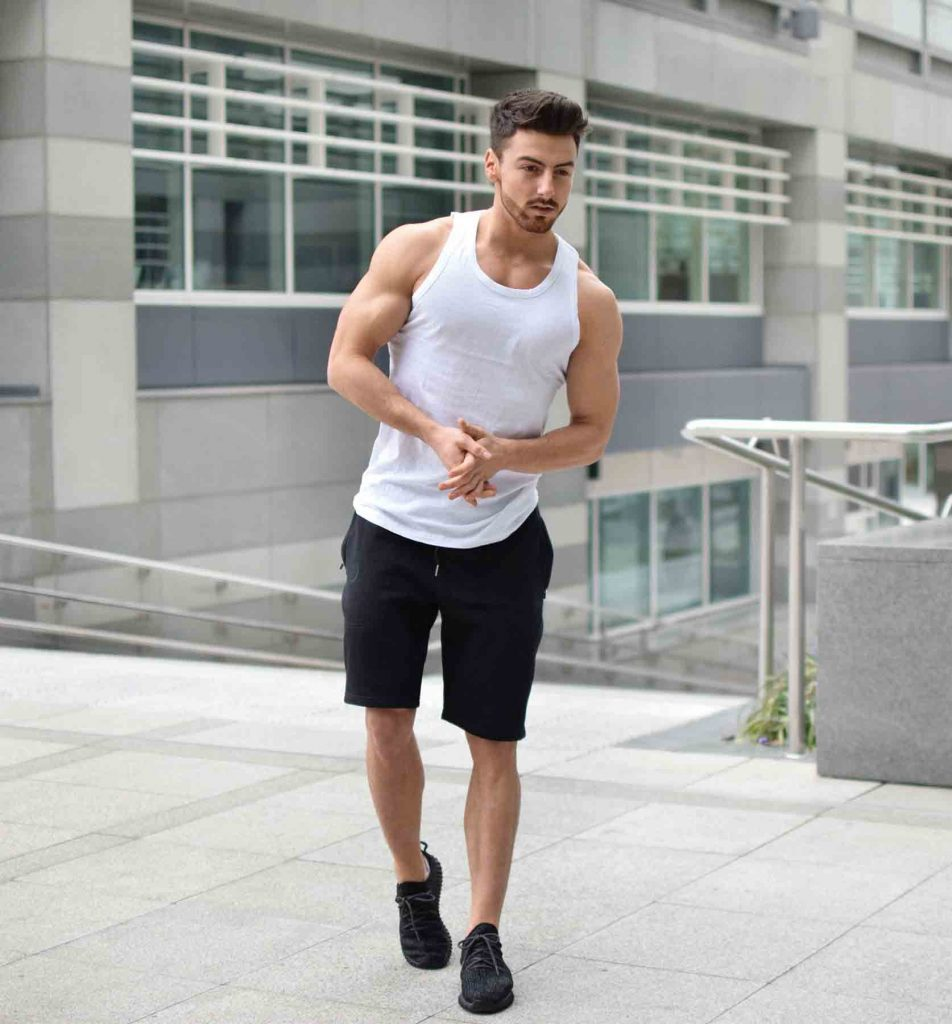 men gym outfit shorts fashion