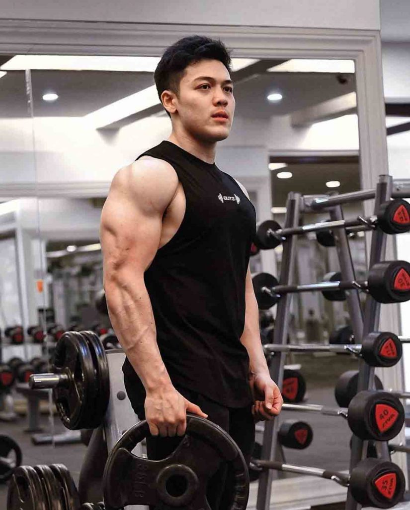 men gym outfit tank top fashion