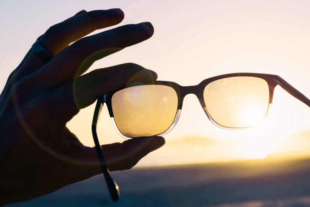 Sunglasses protect eyes from harmful sun rays