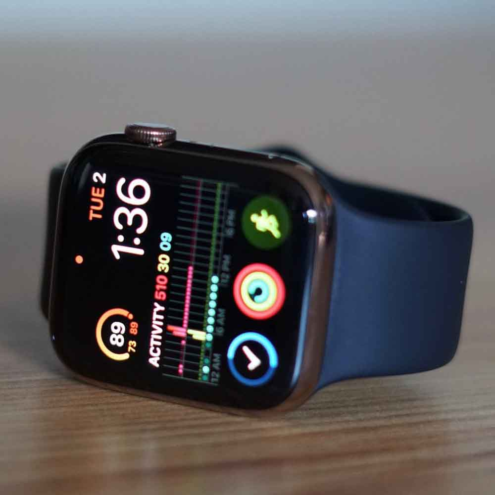 men must have gadget apple smartwatch 4