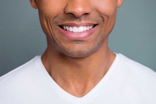 Men's Guide On How To Whiten Teeth Naturally At Home