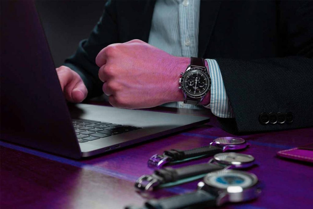 Things To Keep In Mind While Buying A Watch Online