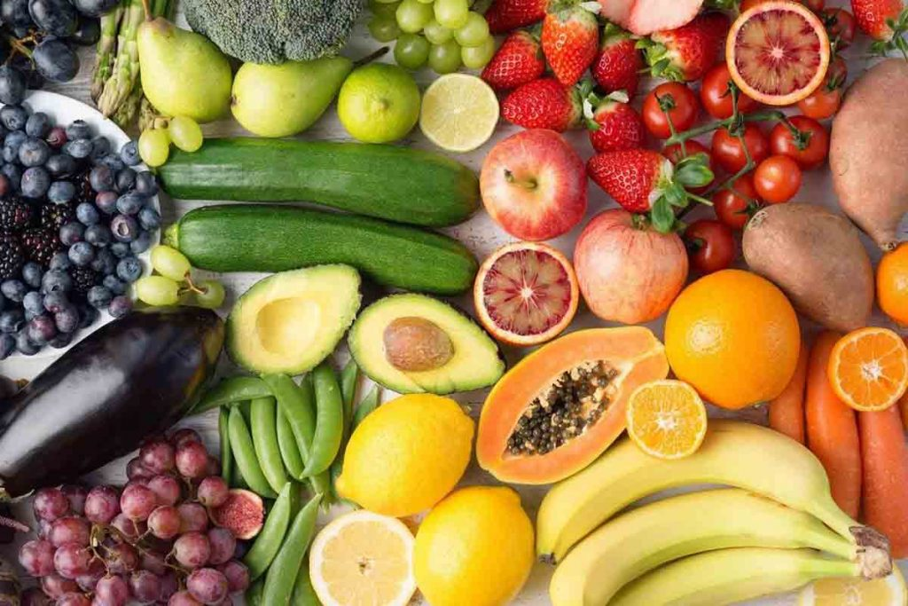eating fruits and vegetables is health for whiten teeth