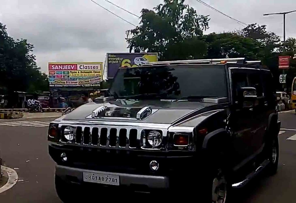 MS Dhoni Expensive Cars - Hummer H2
