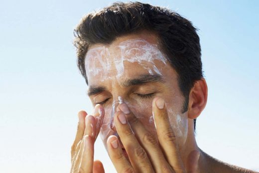 15 Best Sunscreens For Men In India