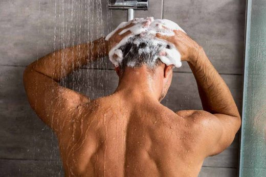 Best Anti-Dandruff Shampoos For Men In India