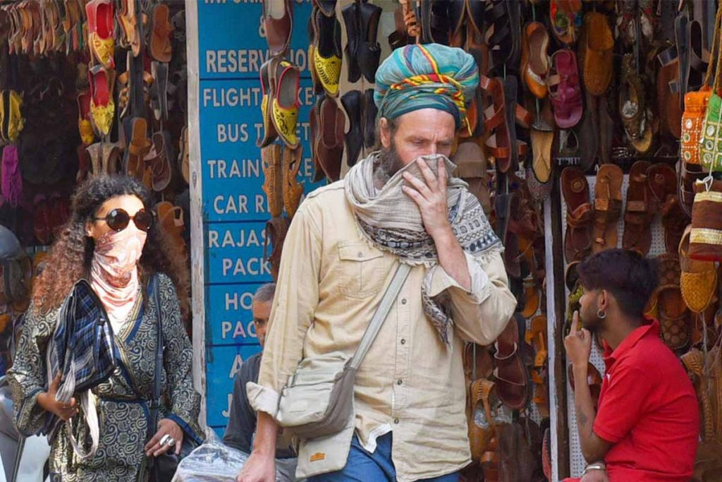 what to wear when you visit India
