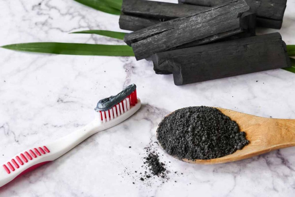 How Does Activated Charcoal Powder Whiten Teeth