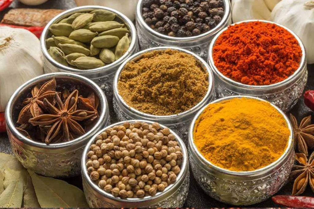 Spices Help To Prevent Bad Breath In Men