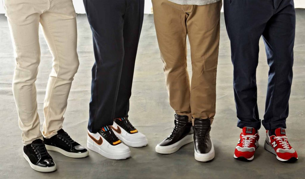 What Sneakers To Wear In College For Guys