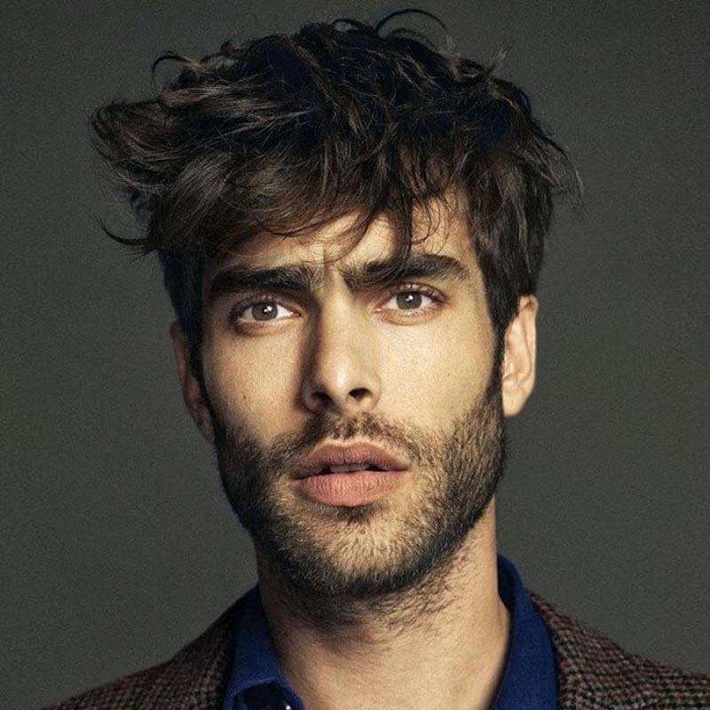 Best date night hairstyles for men - Tousled Messy