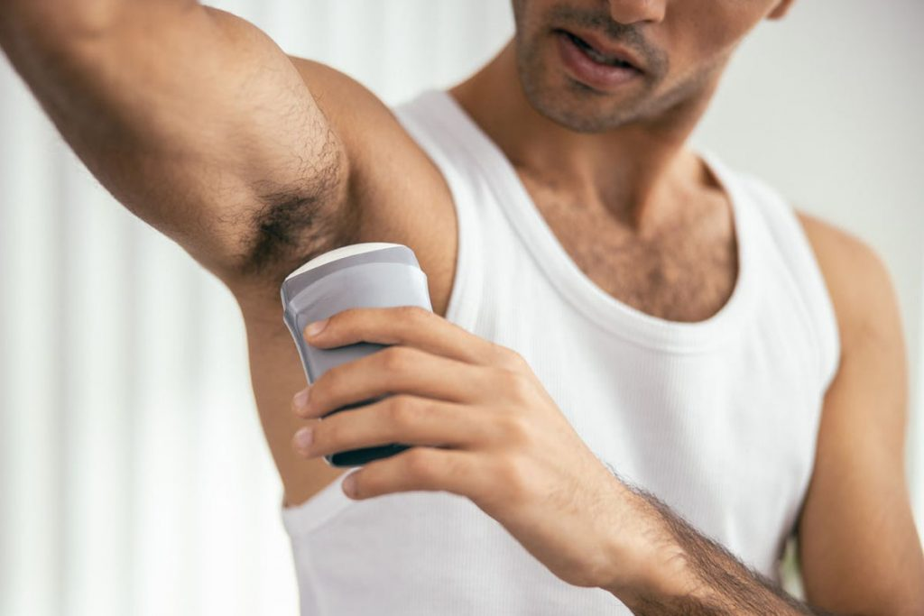 how to whiten underarms fast at home naturally